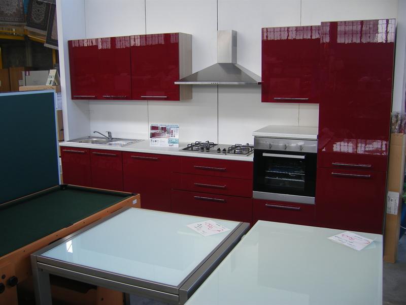 Cucine cucine arredamento comfal - Cucina bordeaux ...