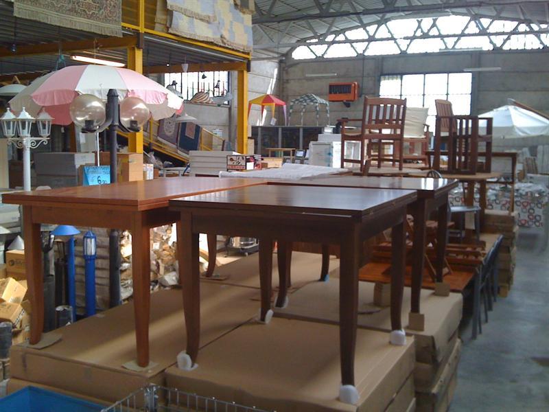 Tavoli in legno allungabili tavoli sedie arredamento comfal recuperi - Tavoli allungabili in legno ...